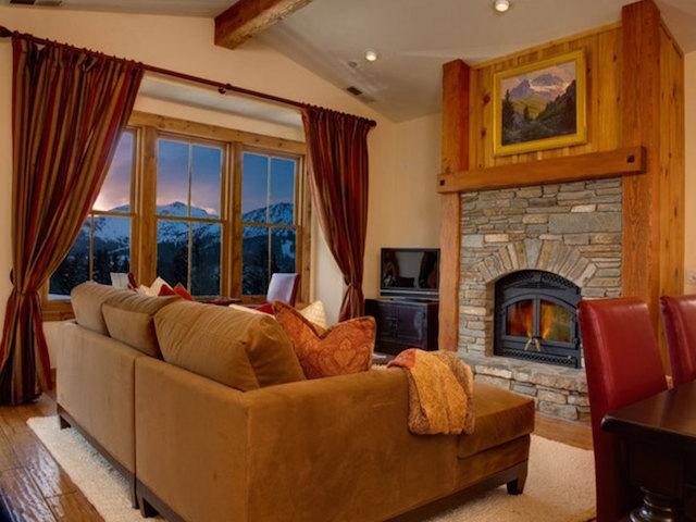 listing_393-2294_Snowcreek-Resort